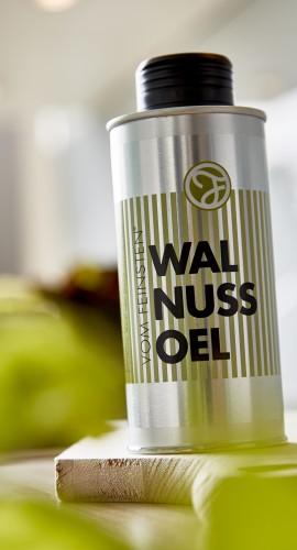 Walnuss Öl in der Dose