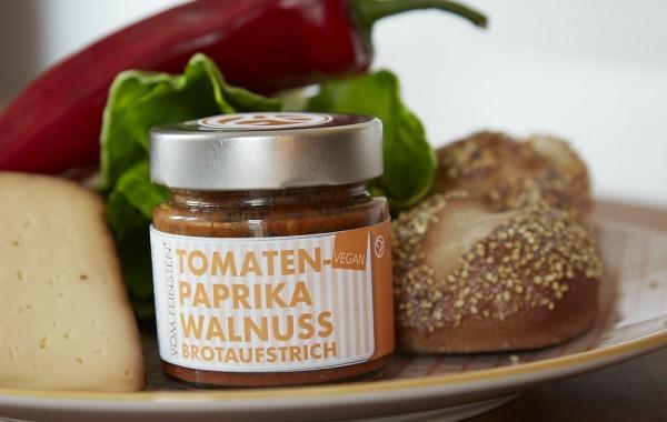 Brotaufstrich Tomatenpaprika Wallnuss